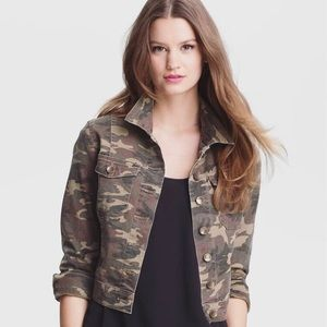 KUT from the kloth Cropped Camo Jacket Size S
